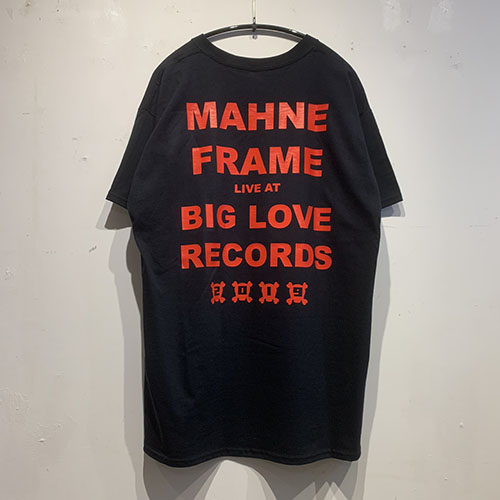 MAHNE-BLACK-BACK-500.jpg